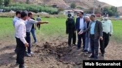 İran ərazisinə düşən raketin yaratdığı dağıntı (Foronu İran Press yayıb)