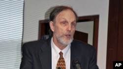 美国卡内基国际和平基金会高级研究员史文