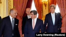 (Soldan sağa), Laurent Fabius, William Hague, Ahmet Davutoğlu, John Kerry