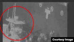 美國中央司令部6月13日公佈視頻,顯示伊朗參與了對一艘郵輪的攻擊。