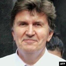 Bivši predsednik BiH Ejup Ganić