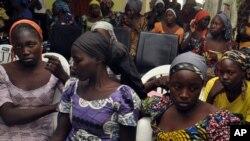 Las estudiantes secuestradas en Chibok en 2014, están entre los miles de personas retenidas por Boko Haram en los últimos años.
