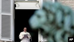 Paus Fransiskus mengumumkan 19 kardinal baru.
