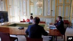 Los líderes del G-20 celebraron la cumbre extraordinaria por videoconferencia el 26 de marzo de 2020. En la foto, el presidente de Francia, Emmanuel Macron, durante la sesión.
