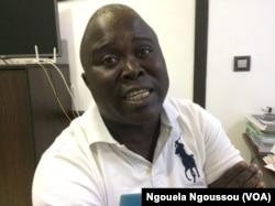 Augustin Benazo, analyste économique, à Brazzaville, Congo, le 13 septembre 2017. (VOA/Ngouela Ngoussou)