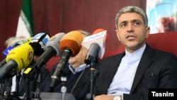 علی طیب نیا، وزیر امور اقتصادی و دارایی جمهوری اسلامی ایران