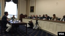 Former Commercial farmer Ben Freeth of the Mike Campbell Foundation on the floor at a Zimbabwe hearing in USA.