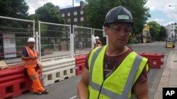 Румунський інженер 32-річний Йосиф Ачім на будівництві в Лондоні. 24 червня 2016 р.