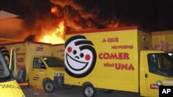 Varios almacenes y camiones de Sabritas fueron pasto de las llamas en Michoacán y Guanajuato.