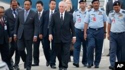 Госсекретарь США Рекс Тиллерсон (в центре). Малайзия. 8 августа 2017 г.