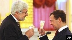 Жан де Глиниасти и Дмитрий Медведев (архивное фото)