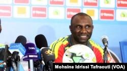 Florent Ibenge, sélectionneur de l'équipe de la RDC, s'est exprimé pendant la conférence de presse d'avant-match, à Oyem, au Gabon, le 15 janvier 2017.