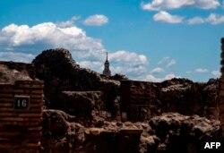 Las ruinas de Pompeya, en Italia, abrieron al público el martes, pero la afluencia fue mínima, ya que las fronteras se mantienen cerradas a los turistas extranjeros, los principales visitantes de estos sitios.