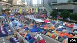 香港争取真普选占领行动11月21日踏入第55天(美国之音海彦拍摄)