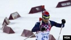 ທ້າວ Ole Einar Bjoerndalen  ແຫ່ງປະເທດ ນໍເວ ພະຍາຍາມ ຈະສ້າງສະຖິຕິ ໃນການໄດ້ຮັບຫລຽນ ໂອລິມປິກລະດູໜາວ ຫຼາຍທີ່ສຸດ.