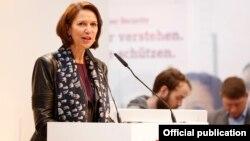 ျမန္မာႏုိင္္ငံဆိုင္ရာ ကုလသမဂၢအတြင္းေရးမွဴးခ်ဳပ္၏ အထူးသံတမန္ Christine Schraner Burgener ။ (ဓာတ္ပံု- ICT Switzerland)