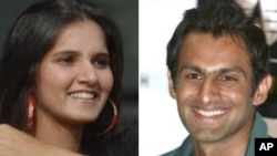 In this combination of two file photos, Indian tennis player Sania Mirza at a press conference in Hyderabad, India, Feb. 4, 2008, left, and Pakistani cricket captain Shoaib Malik at a press conference in Karachi, Pakistan on Jan. 19, 2009, are shown. Mali