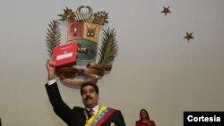 Presiden Venezuela Nicolás Maduro di Majelis Nasional (10/3).
