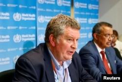 WHO ရဲ႕ အေရးေပၚဆုိင္ရာအႀကီးအကဲ Dr. Mike Ryan နဲ႔ WHO အႀကီးအကဲ Dr. Tedros Adhanom Ghebreyesus
