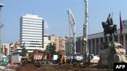Debatet mbi punimet për ndryshimin e sheshit Skënderbej