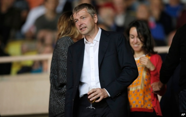 FILE - Russian billionaire Dmitry Rybolovlev paid $88 million for a penthouse just off New York's Central Park, reports show.