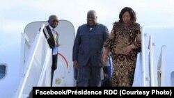 Président Félix Tshisekedi elongo na molongani wa ye Denis Naykeru na bokomi na bango na Sochi, Russie, 23 octobre 2019. (Facebook/Présidence RDC)