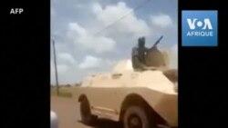 """Mutinerie malienne: """"Vive l'armée"""", saluent des manifestants"""