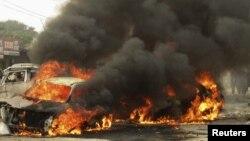 پشاور میں رواں ماہ ہونے والے بم دھماکے کے بعد کا ایک منظر