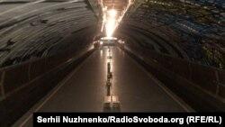 На станции киевского метро «Осокорки» 26 марта 2020 г.