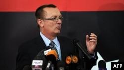 Trợ lý Ngoại trưởng Hoa Kỳ về Cận Đông Jeffrey Feltman nói bước đầu tiên của thời kỳ hậu-Gadhafi là ngăn chận vòng luẩn quẩn của báo thù