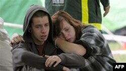 Mẹ của Kent Manning và Libby Manning là một trong nhũng người bị kẹt trong tòa nhà bị sụp vì động đất