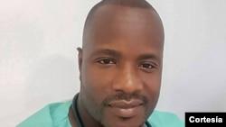Edgar Bucassa, oftalmologista e representante do Sindicato dos Médicos em Benguela.