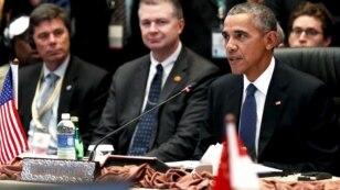 Presiden AS Barack Obama berbicara pada KTT ASEAN-AS di Kuala Lumpur, Malaysia (foto; dok).