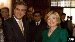 کلینتون می گوید آمریکا در کنار پاکستان ایستاده است