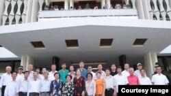 Cuộc gặp mặt đầu tiên của cựu binh và thân nhân Hoàng Sa - Gạc Ma do nhóm Nhịp Cầu Hoàng Sa tổ chức, ngày 9/1/2017. (Nguồn: Facebook Truong Huy San)
