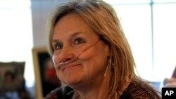 Lisa Boumen već dve godine čeka transplantaciju pluća zbog nedostatka odgovarajućih donatorskih pluća.