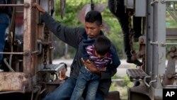 Solo de Honduras se estima han llegado más de 13 mil menores en lo que va del presente año a EE.UU.
