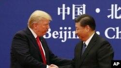 川普与习近平2017年11月9日在北京出席美中双边会谈
