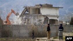 Pakistan hökuməti bin Ladenin imarətini sökür