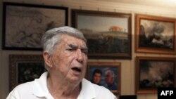 Vụ xử ông Posada diễn ra tại thành phố El Paso của Texas và kéo dài trong 13 tuần