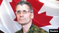 El oficial Patrice Vincent murió hoy tras ser atropellado por un inviduo radicalizado islámico.