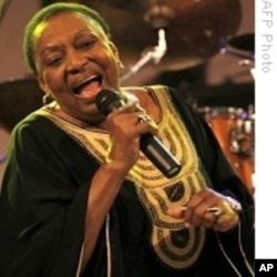 "This year's Cape Town International Jazz Festival included a tribute to ""Mama Africa"", the late legendary singer Miriam Makeba"