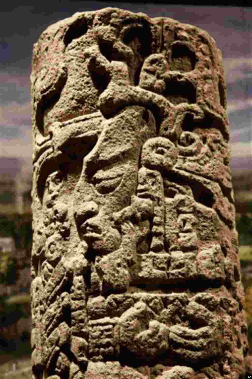 Figurilla de jade del dios maya del maíz.