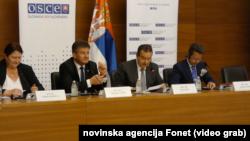 Predsedavajući OEBS-a i slovački ministar Miroslav Lajčak i srpski ministar Ivica Dačić, Foto: video grab
