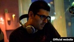 نوی آلوش، دی جی و روزنامه نگار اسرائیلی