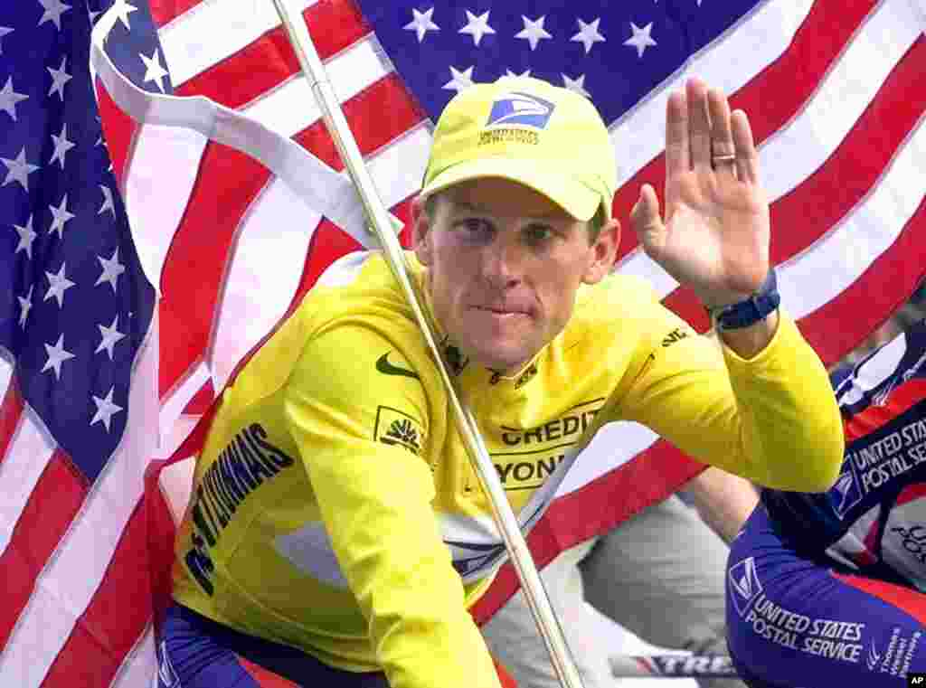 July 23, 2000: Armstrong wins his second Tour de France, the second American to repeat as champion since Greg LeMond won in 1989 and 1990.