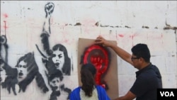 کراچی: نوجوانوں کی خواتین کے حق میں منفرد مہم