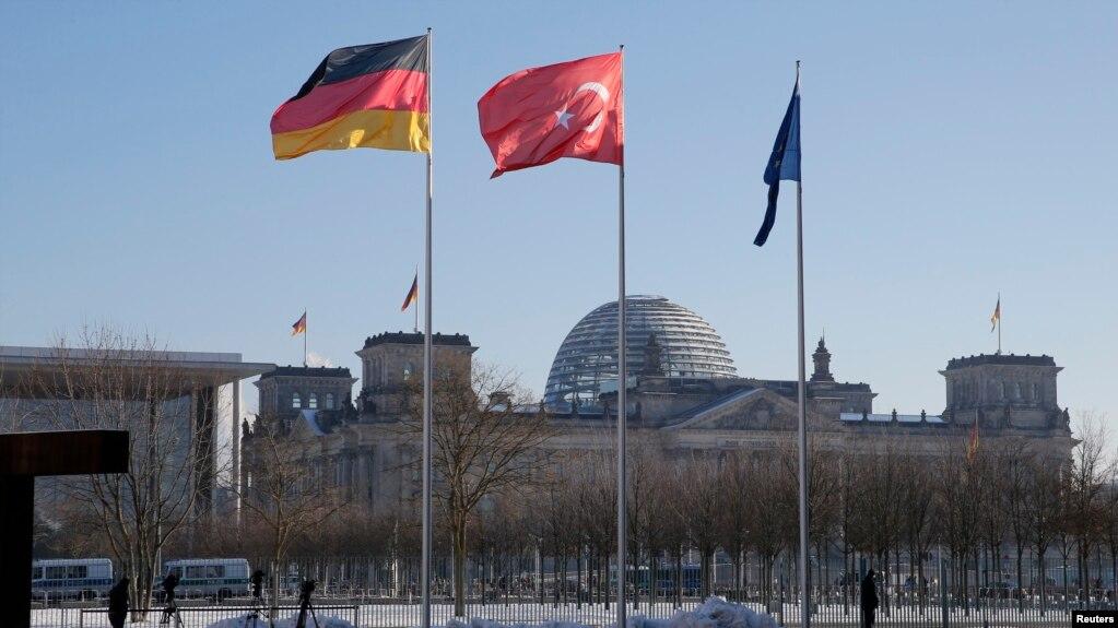 'Türkiye Almanya'dan Finansal Destek İsteyebilir'