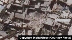 Imágenes de satélite de la ONU muestran casas destruídas en el distrito Al-Qasileh de Alepo, Siria.
