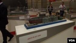 去年莫斯科武器展上展出的基洛級潛艇模型。
